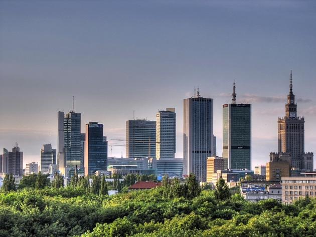 CENTRUL FINANCIAR DIN VARSOVIA (POLONIA)
