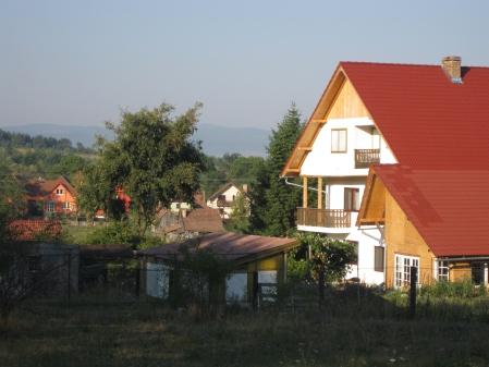 Aici in Ardeal ar trebui sa ma mut ca sa scap de canicula si mizeria din Bucuresti
