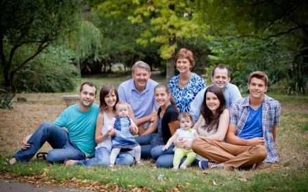 FLORICA CHERECHES - O FAMILIE BINECUVANTATA DE DUMNEZEU